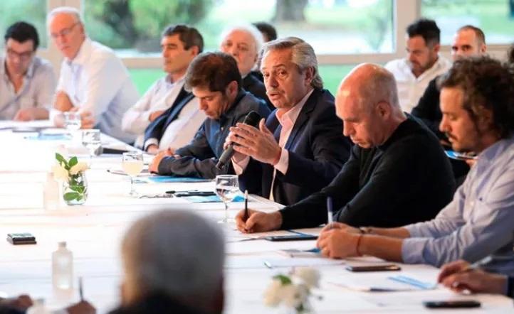 Gobierno intenta dialogar con la oposición para formar comisión de seguimiento de la pandemia
