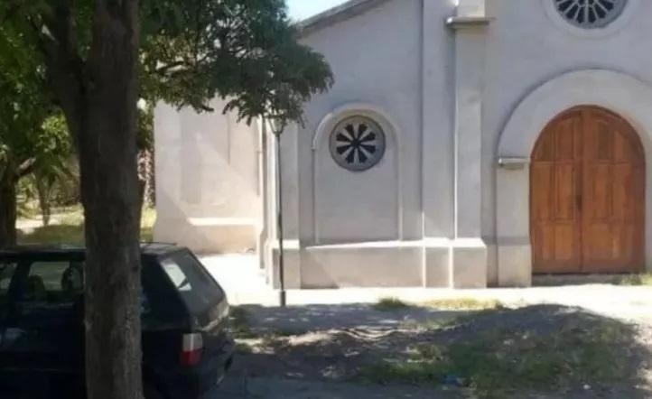Mendoza: Cura detenido por violar la cuarentena, estaba en un auto con una mujer