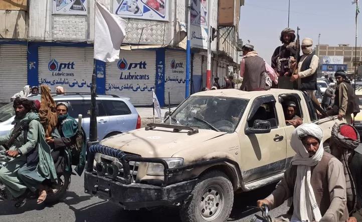 Crisis en Afganistán, Estados Unidos atacó a un terrorista suicida