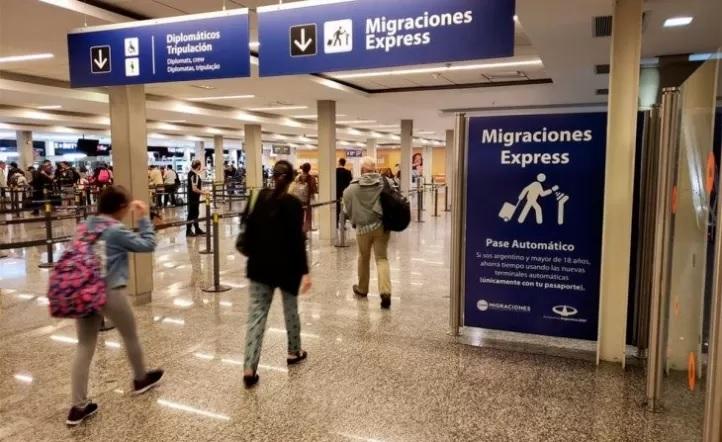 Variante Delta, confirmaron otro caso positivo con la variante Delta entre un grupo de filipinos que llegó a Buenos Aires